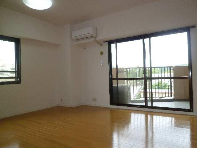 茶屋ヶ坂パークマンション 8階 リビング
