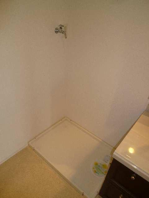 茶屋ヶ坂パークマンション 8階 洗濯機置場