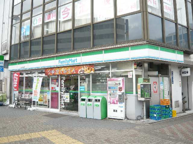 casa桜・千種 3階 ファミリーマート