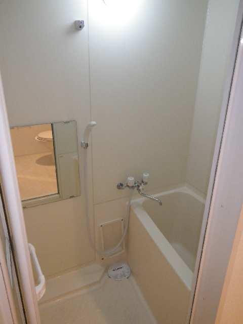 ニッコーテラス 1階 浴室