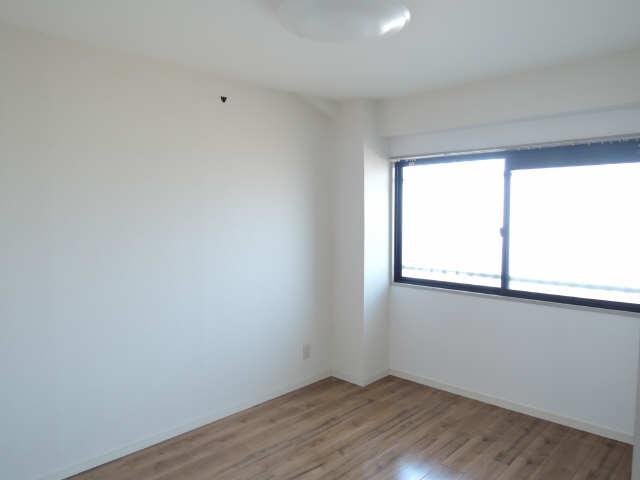 カーサ本山 4階 室内