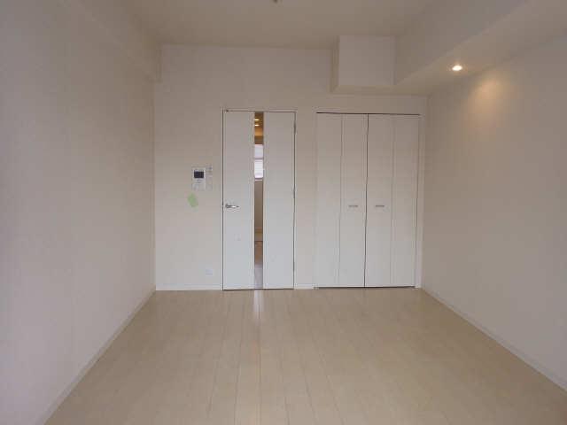 パルティール覚王山 3階 室内