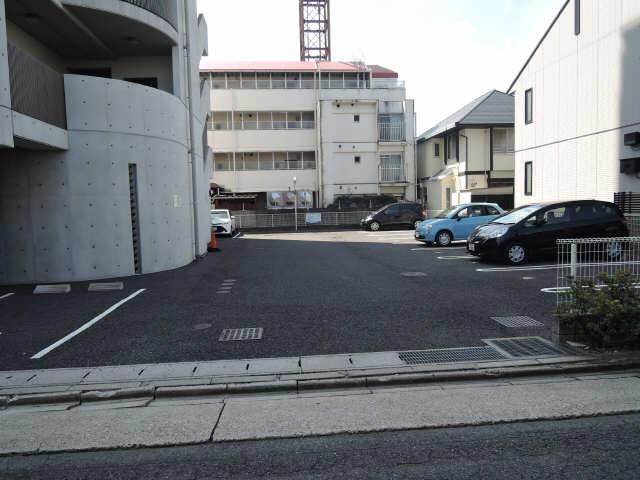 パルティール覚王山 2階 駐車場