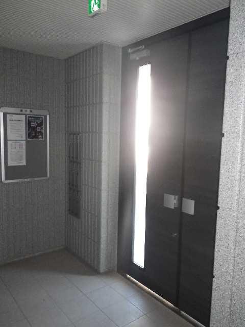 シャルム・ステラ 3階 エントランス