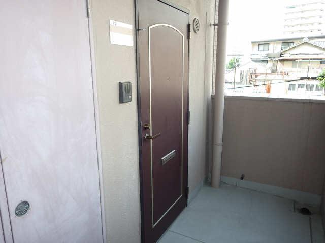 クレストステージ内山 2階 玄関ドア