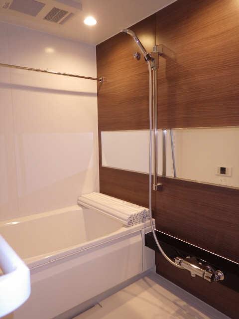 ディアス覚王山 2階 浴室