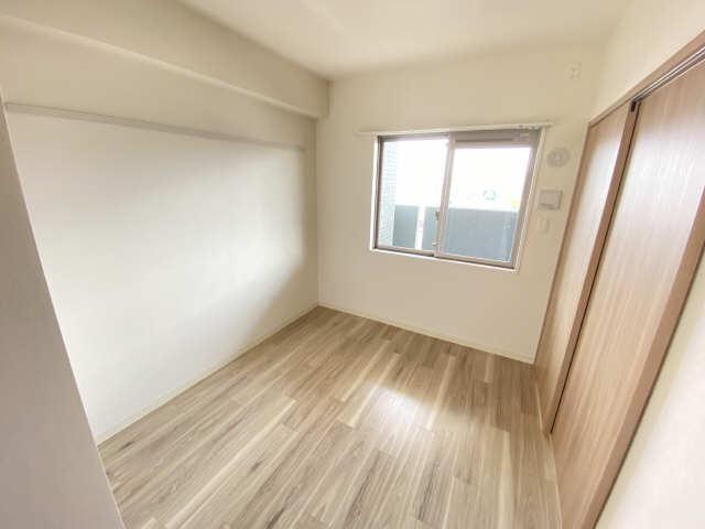 プレサンス ジェネ千種内山Ⅱ907号 9階 室内