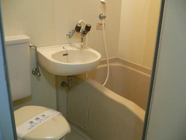 フロイデ南分 1階 浴室