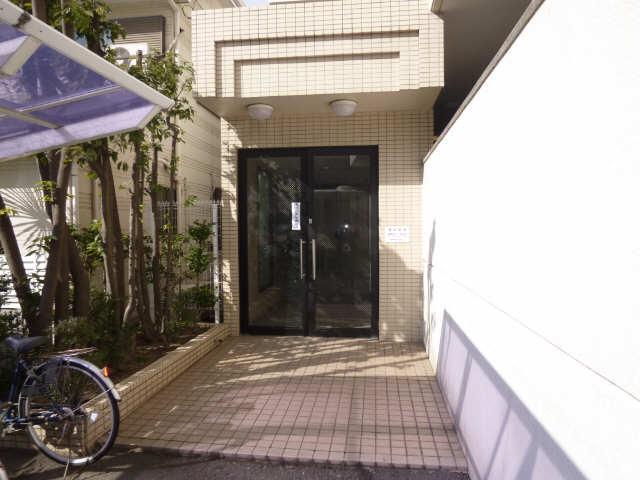 セントラルハイツ堀田 2階 エントランス