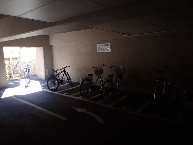 OASES MIZUHO 5階 駐輪場