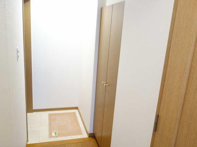 エッセ桜山 3階 シューズBOX