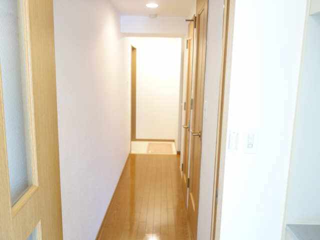 エッセ桜山 3階 廊下
