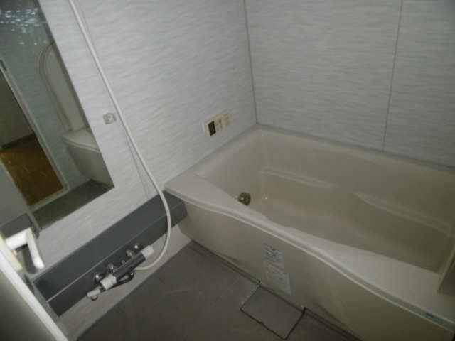 ISABELLA GARDEN1 3階 浴室