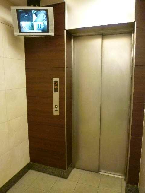 プロシード瑞穂 9階 エレベーター