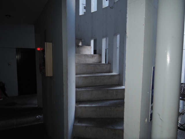 フォーラム北 4階 エントランス