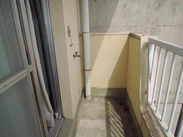 ヤシロコーポラス 2階 洗濯機置場