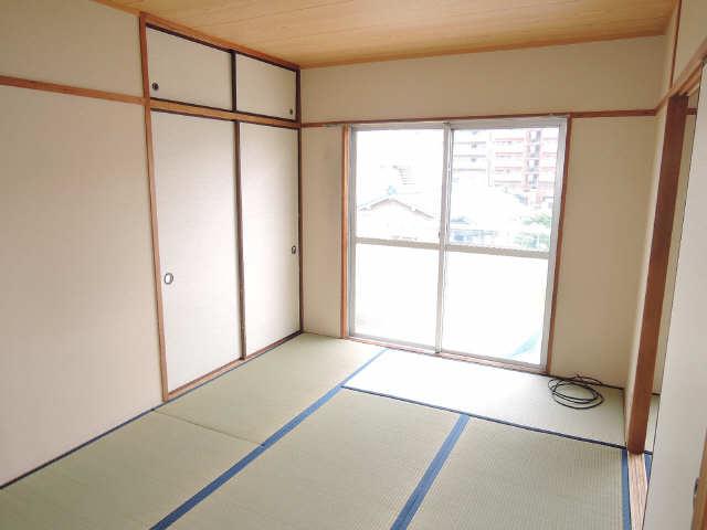コーポ黒川 2階 室内