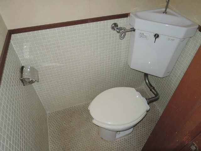 コーポ黒川 2階 WC