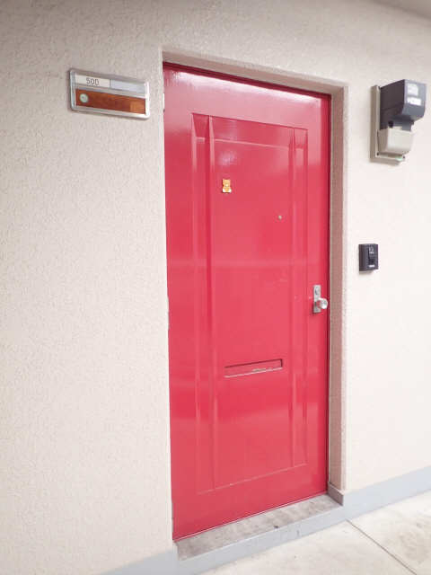 橋本ビル 5階 玄関