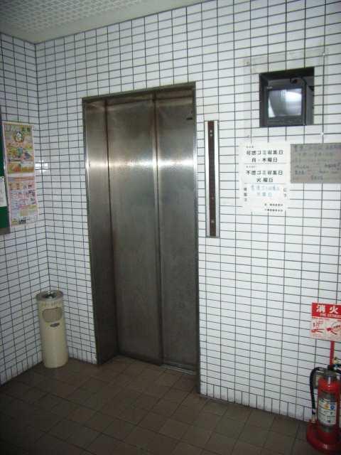 メゾンエトワール 10階 エレベーター