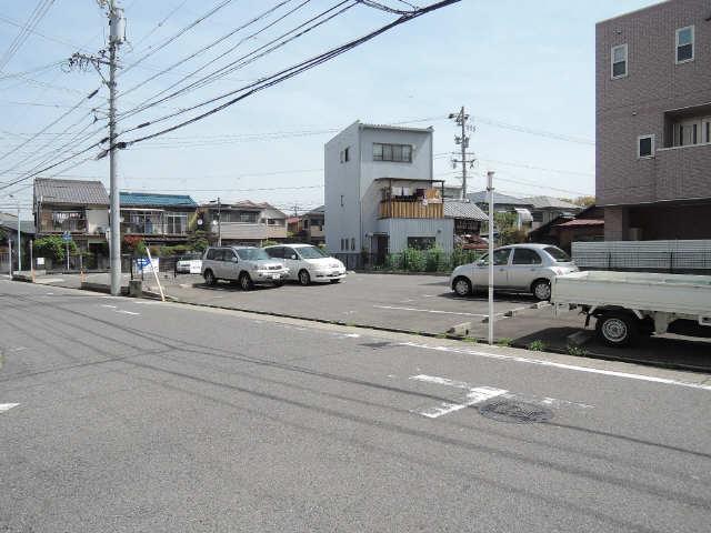 シュロス黒川 1階 敷地外駐車場