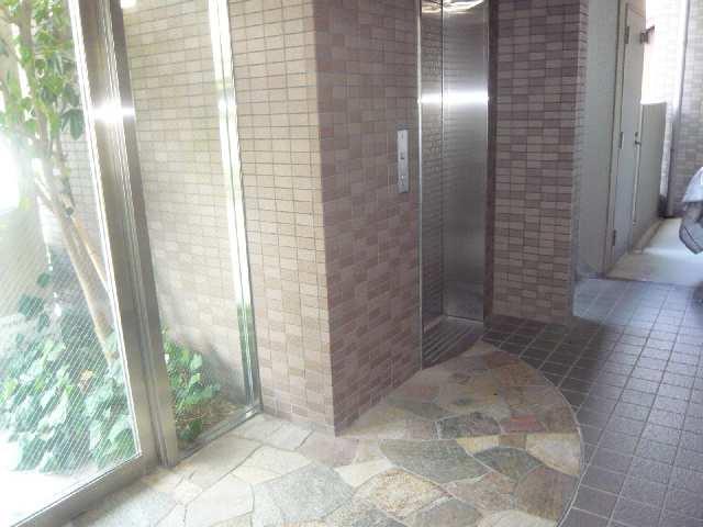 Avanti橘 5階 エレベーター