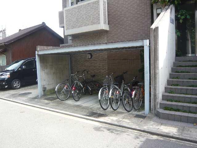 Avanti橘 5階 駐輪場