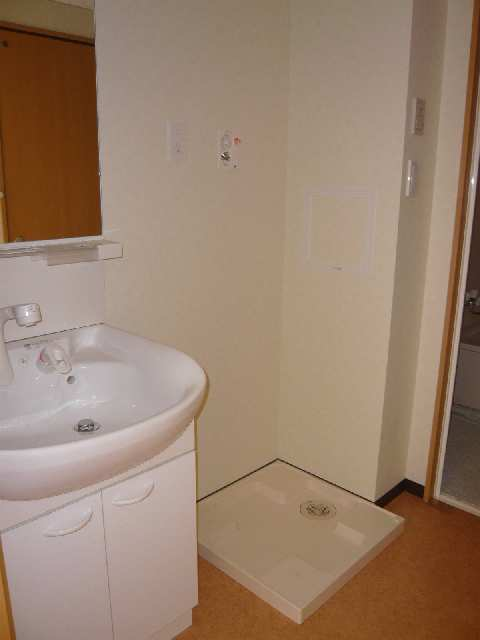コースマスY・M 4階 洗面