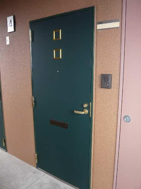 コースマスY・M 4階 玄関ドア