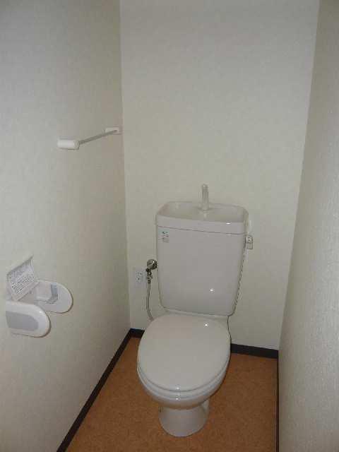 コースマスY・M 4階 WC