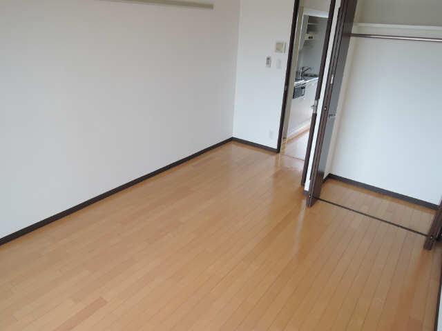 クレジデンス黒川 5階 室内