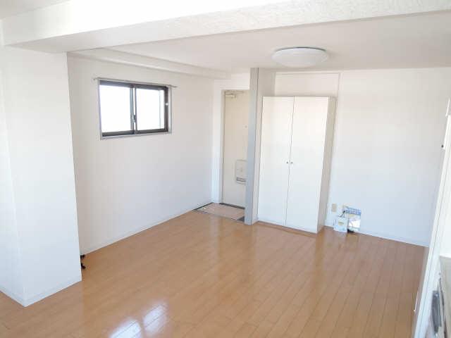 第2幸村ビル 9階 室内
