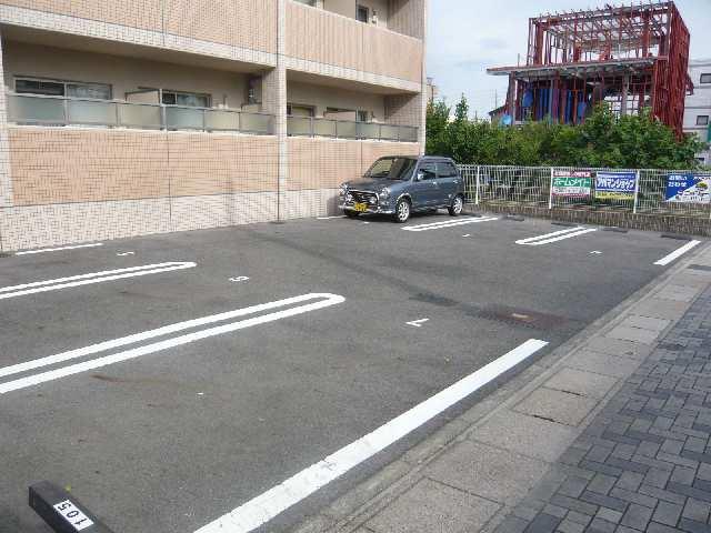 Sun State池花 2階 駐車場