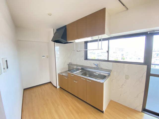 エステートⅡ 4階 キッチン