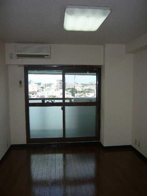 エスポワール名古屋 3階 室内