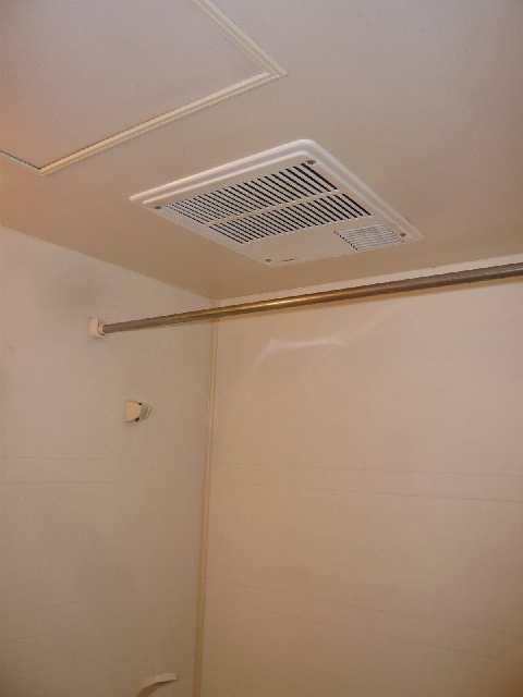 エスポワール名古屋 3階 浴室乾燥機
