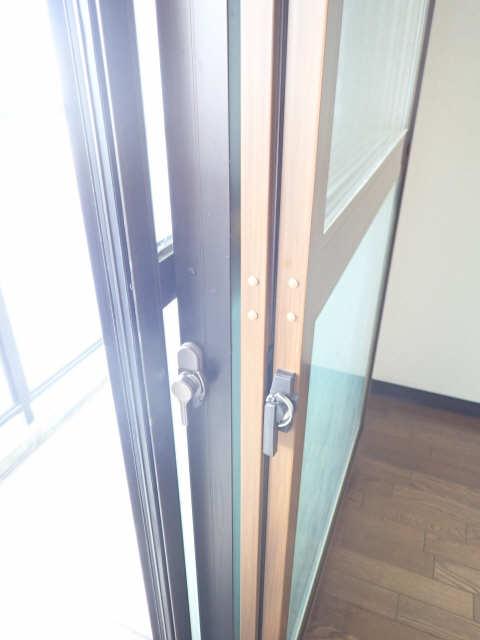 エスポワール名古屋 3階 二重サッシ