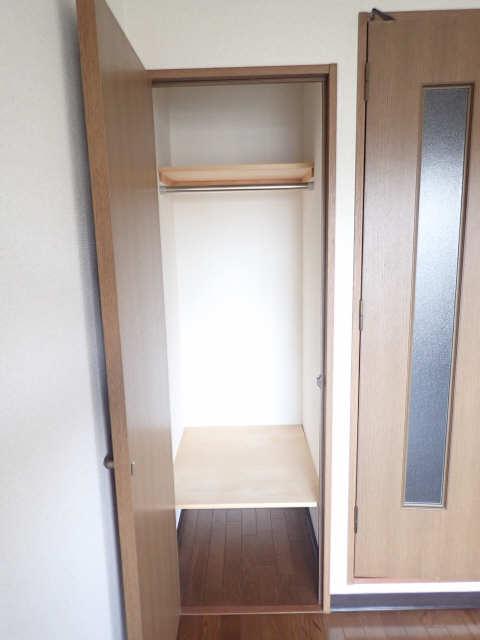 エスポワール名古屋 3階 収納