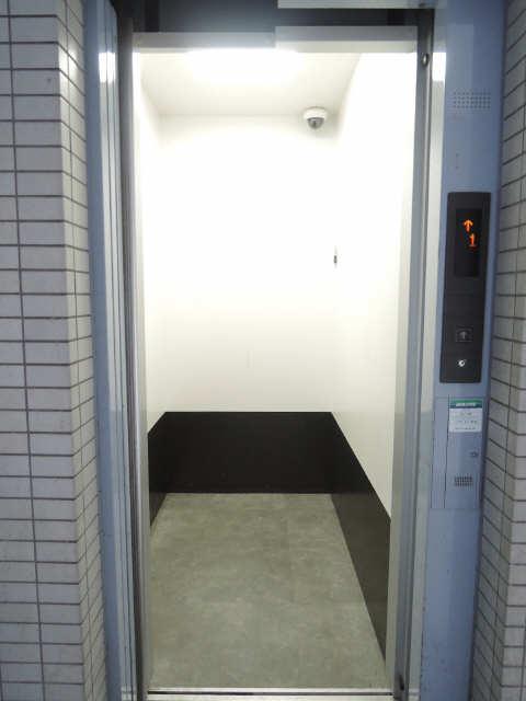 メゾン黒川 7階 エレベーター