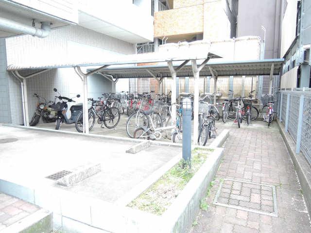 メゾン黒川 7階 駐輪場