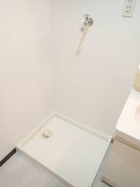 ベルメゾン 2階 洗濯機置場