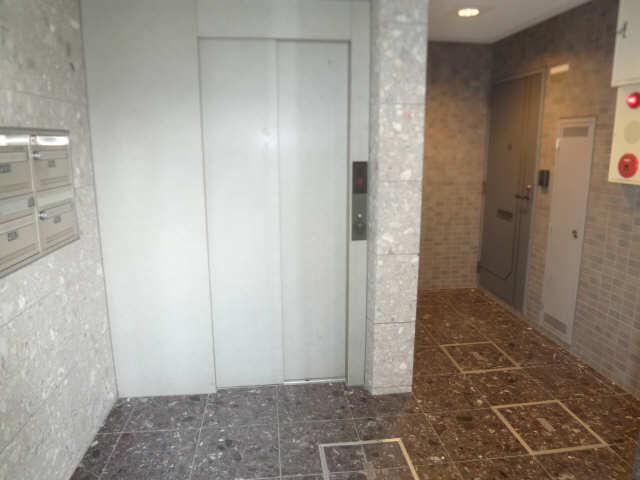 ハイム・リーラ 5階 エレベーター