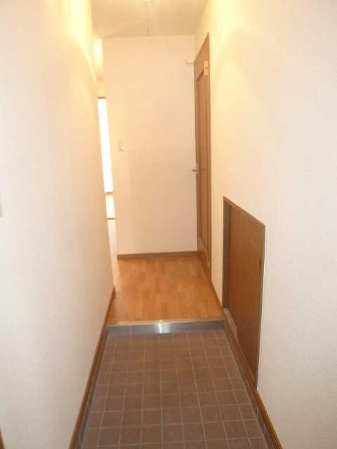 ハイム・リーラ 5階 玄関