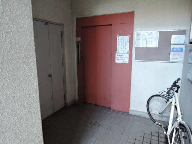グリーンハイツ千代田 5階 エントランス