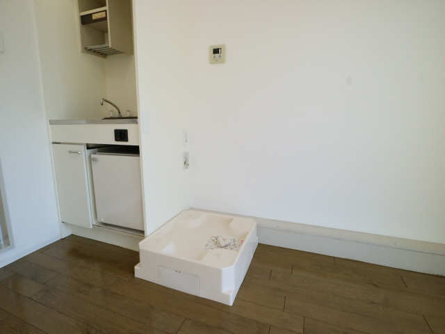 グリーンハイツ千代田 4階 洗濯機置場