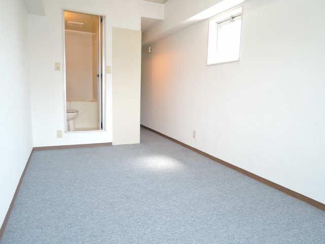 アート・イン 5階 室内