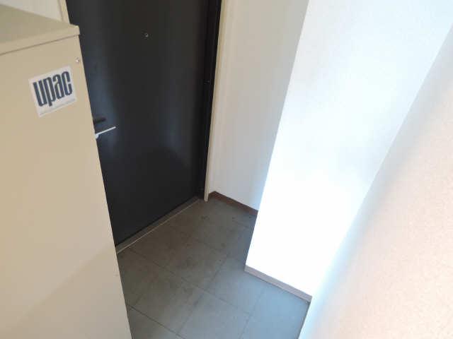 アート・イン 5階 玄関