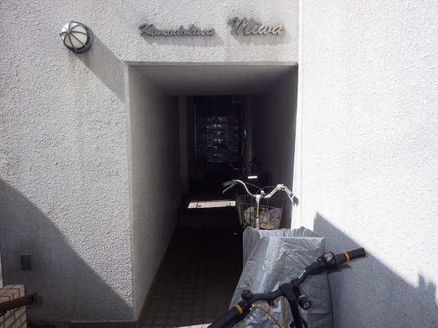 コモド・カサ・ミワ 6階 エントランス