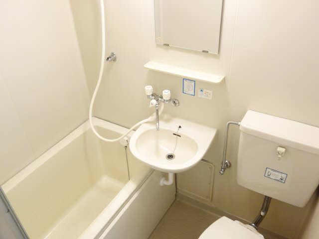 コモド・カサ・ミワ 6階 浴室