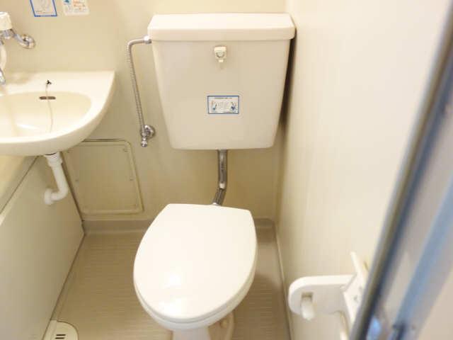コモド・カサ・ミワ 6階 WC